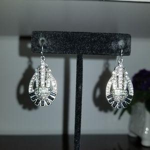 Jewelry - Art Deco style earrings